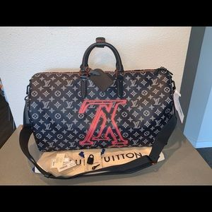Authentic Louis Vuitton upside down LV keepall 50